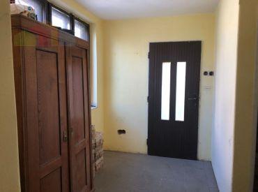 EXKLUZÍVNA PONUKA***Rodinný dom, začatá rekonštrukcia, 870 m2, Ivanovce