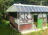Rekreačná chata s pozemkom 300 m2 na PREDAJ, Trenčín