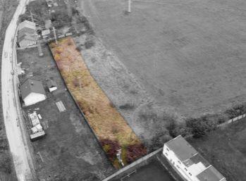 Slnečný pozemok o rozlohe 2289 m2 v Krompachoch