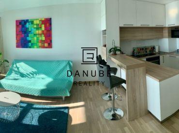 Prenájom 2-izbový byt v novostavbe Flat 75 na ulici Ondreja Štefanka v Bratislave – Petržalke.
