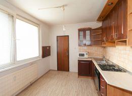 Predaj 4izb bytu 82m2 OV 1/3p, rekonštruovaná bytovka