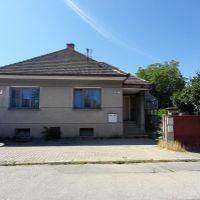 Rodinný dom, Piešťany, 110 m², Pôvodný stav