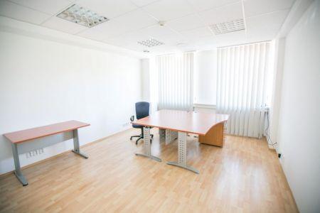 IMPEREAL - Prenájom, kancelária 13,2 m2, Pražská ul., Bratislava I.