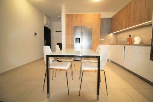3-izbový byt v Amfiteátri (Euro Home Star)