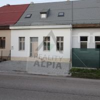 Rodinný dom, Varín, 233 m², Kompletná rekonštrukcia