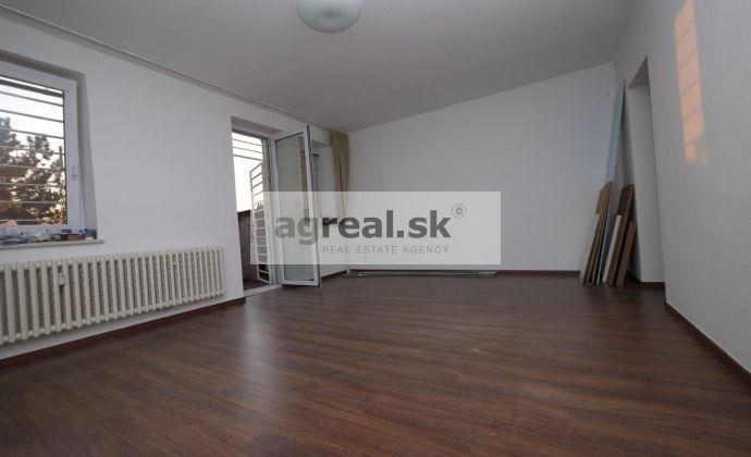 1,5 izbový byt (2-garsónka) so záhradkou Martinengova ulica