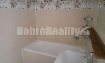 Exkluzívna ponuka 2 izb bytu na Nábrežnej ulici s balkonom a špajzou