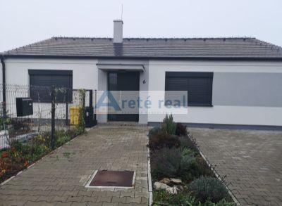Areté real, Prenájom novostavby 4-izbového rodinného domu v tichej lokalite v Chorvátskom Grobe