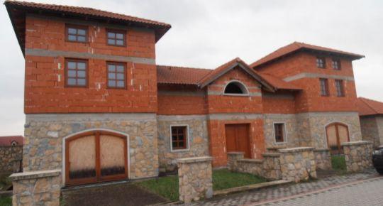 Exkluzívna rezidencia, Lúka (NM)