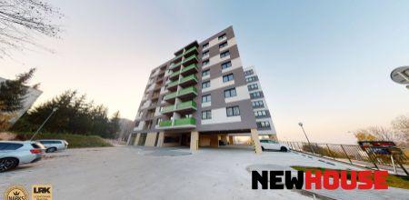 ! PRENAJATÝ ! Dlhodobý prenájom - 2i byt s balkónom a vlastným parkovacím miestom v novostavbe v Trenčíne mestská časť Juh