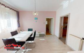 Na predaj rodinný dom v obci Mikušovce pri Pruskom okres Ilava.