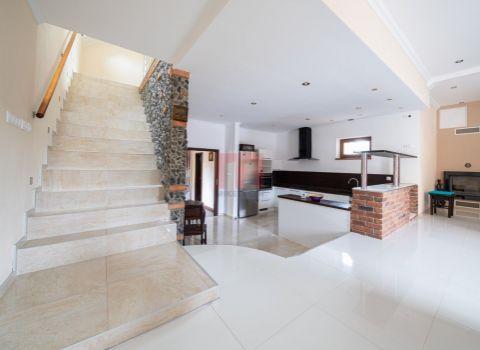 Na predaj jedinečný 5 izbový rodinný dom v pokojnej časti v Rači na Jurkovičovej ulici
