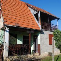 Chata, Čaka, 1329 m², Čiastočná rekonštrukcia