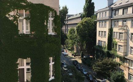 PREDAJ - výborný 4 izbový byt v centre meste, BA I.