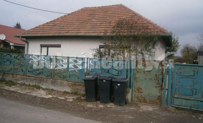 REZERVOVANÉ! Rodinný dom v obci Jasová na predaj, exkluzívne v Dobrých realitách.
