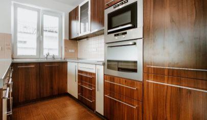 REZERVOVANÉ !!! Slnečný, 5 - izbový rodinný dom na predaj - Malacky