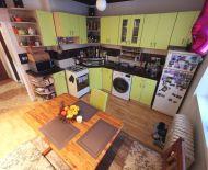 REZERVOVANÝ - Veľký zrekonštruovaný 2i byt v CENTRE !!! TEHLOVÁ BYTOVKA!!!