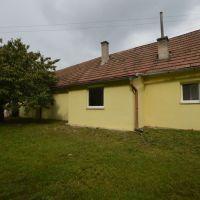 Rodinný dom, Pernek, 100 m², Pôvodný stav