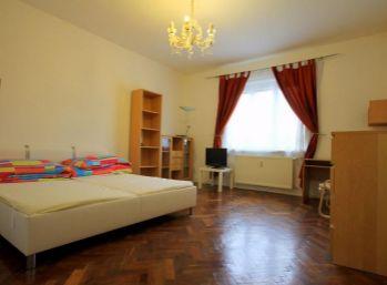 PRIESTRANNÝ 2 izbový byt na Vajnorskej