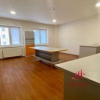 Obchodné, Poprad, 117 m², Kompletná rekonštrukcia