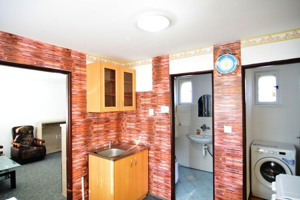 PRENAJATÉ 1 izbový byt Poprad - Veľká - 1