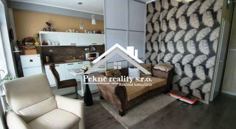 Predaj 2 izbového bytu s dvomi loggiami a parkovacím státím v Banskej Bystrici