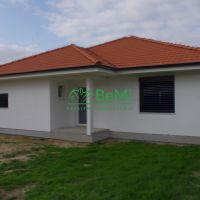 Rodinný dom, Váhovce, 145.55 m², Novostavba
