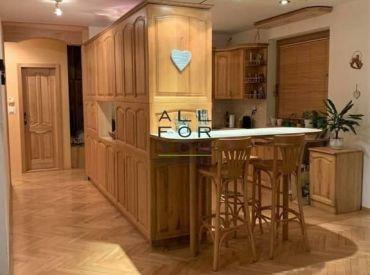 AFYREAL predaj 5izb byt 145m2, tehla, ticho, top výhľad,Guothova