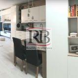 Na predaj veľký a moderný 2 izbový byt na Vlárskej ulici na Kramároch, BAIII