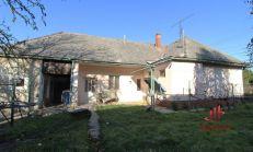 LEN U NÁS - Rodinný dom v Búči, predaj