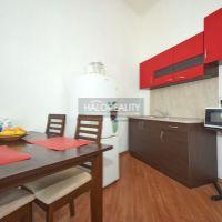 Iný byt, Nitra, 60 m², Čiastočná rekonštrukcia