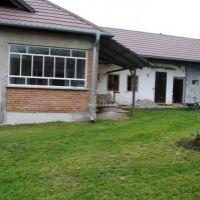 Rodinný dom, Malé Ludince, 1109 m², Čiastočná rekonštrukcia