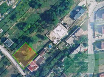 Neporazda/ okres Trenčín stavebný pozemok na predaj
