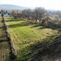 Orná pôda, Štvrtok, 2100 m²