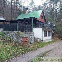 Chata, Súľov-Hradná, 120 m², Čiastočná rekonštrukcia