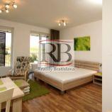 Na prenájom slnečný 1 izbový byt na Žltej ulici v Petržalke, BAV