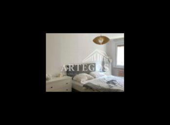 SVETLÝ 2 izbový byt v Petržalke