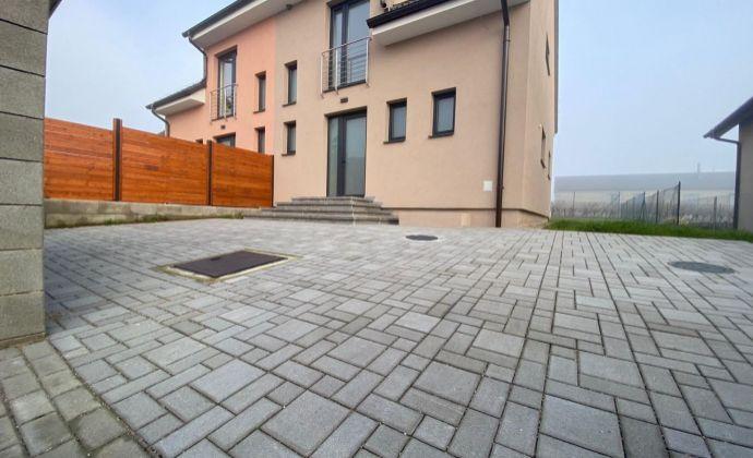 Ponúkame krásny dom v novostavbe v obci Dubová, okres Pezinok