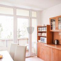 4 izbový byt, Handlová, 84 m², Pôvodný stav