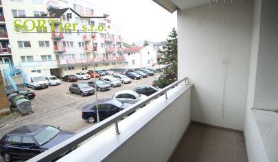 SORTier s.r.o. PREDAJ 2 – izbového bytu v CENTRE Záhorácka ulica.
