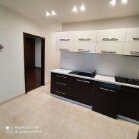 4 izbový byt, Nové Zámky, 1 m², Kompletná rekonštrukcia