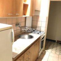1 izbový byt, Bratislava-Karlova Ves, 33 m², Čiastočná rekonštrukcia