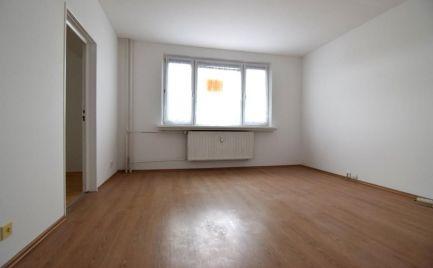 PREDANÉ  -Čiastočne prerobený bezbariérový 3 izbový byt Martin - Košúty