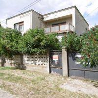 Rodinný dom, Keť, 341 m², Čiastočná rekonštrukcia
