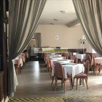 Reštaurácia, Dunajská Streda, 250 m², Pôvodný stav