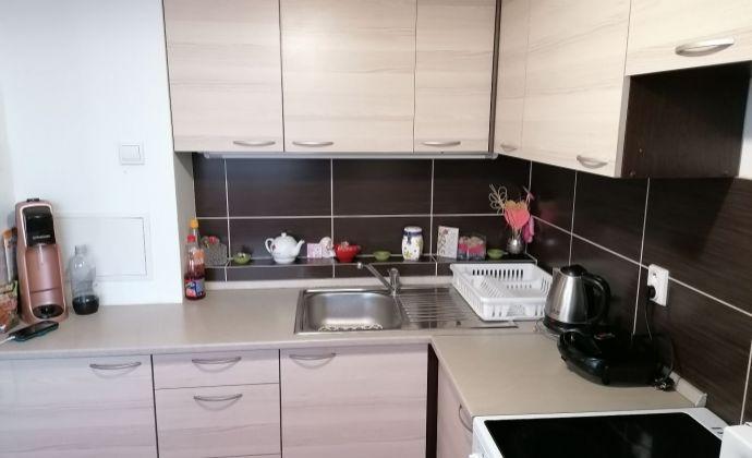 Predaj - 1-izbový byt - MARTIN - Ľadoveň