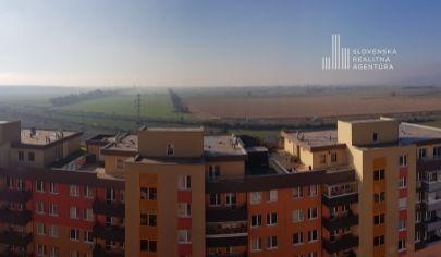 REZERVOVANÉ: 3 izbový byt 105m2 v bytovom dome Pegas s krásnym výhľadom na Rakúsko v Bratislave- Petržalke