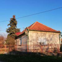 Rodinný dom, Topoľníky, 110 m², Pôvodný stav