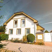 Rodinný dom, Láb, 120 m², Pôvodný stav