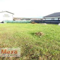 Pre rodinné domy, Senica, 642 m²